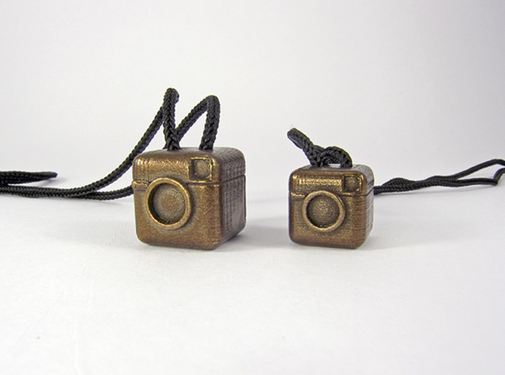 Instagram Style Camera (Pendant 16mm) 3d printed 20mm / 16mm - See the bigger version at my Shop!