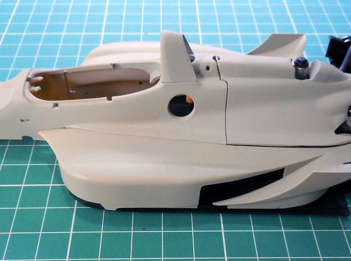 """Engine cover """"spine"""" for the Dick Simon Lola 1/20  3d printed"""