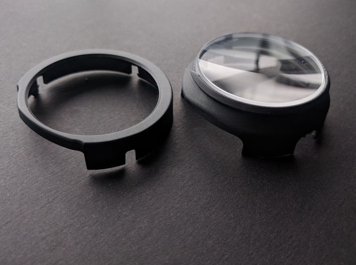Prescription Lens Adapter - Windows Mixed Reality 3d printed Adapter is on  the right