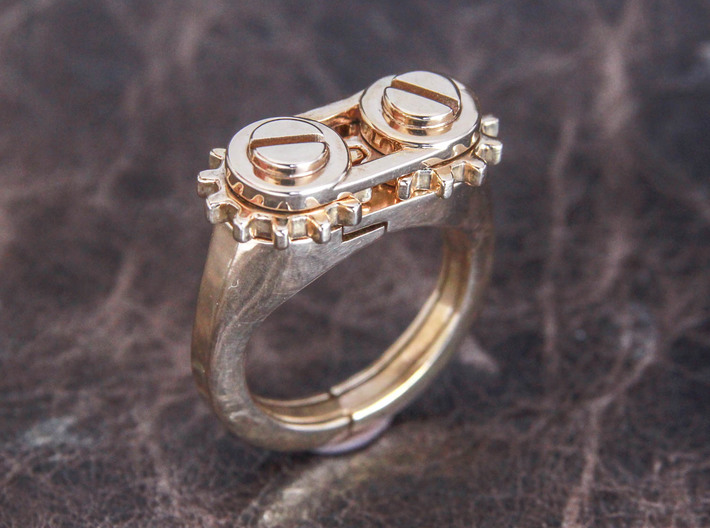 Gear Spinning Ring 3d printed Polished Bronze