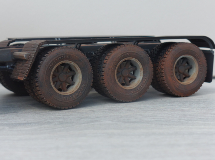 Mack Heavy Spider Wheels 3d printed The tires on this model are also 3D printed