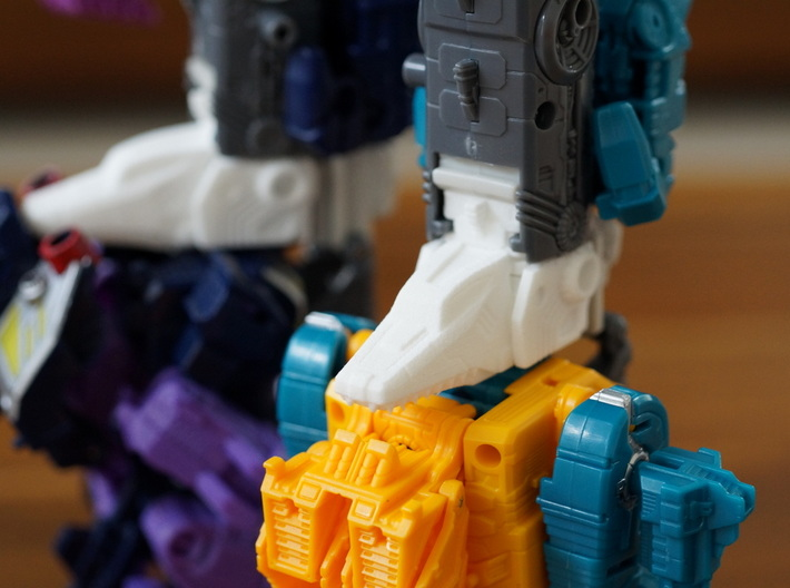 Terror Combiner's Dragon Head Knee Caps 3d printed