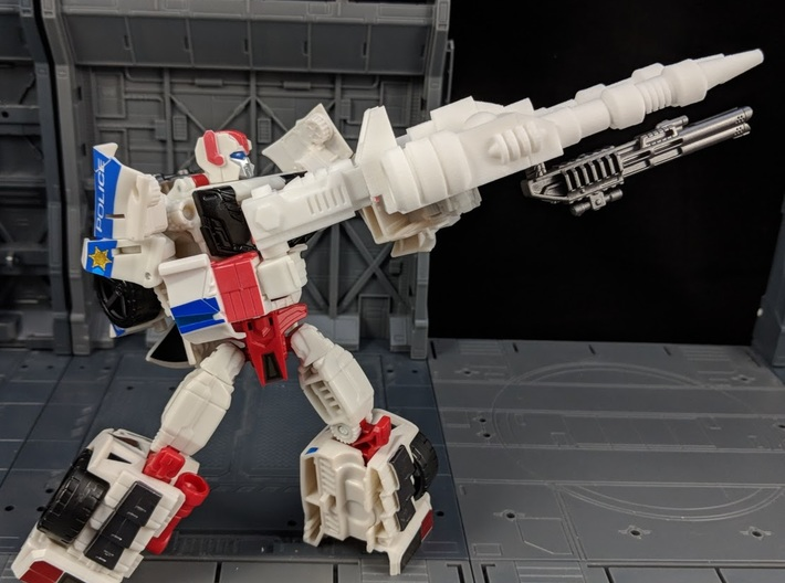 TF CW Streetwise XL Car Cannon 3d printed Combined with cannon adapter in Robot Mode