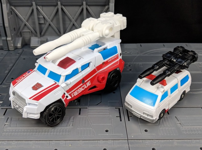 TF CW First Aid Car Cannon Adapter 3d printed Car Cannon mounted with Adapter
