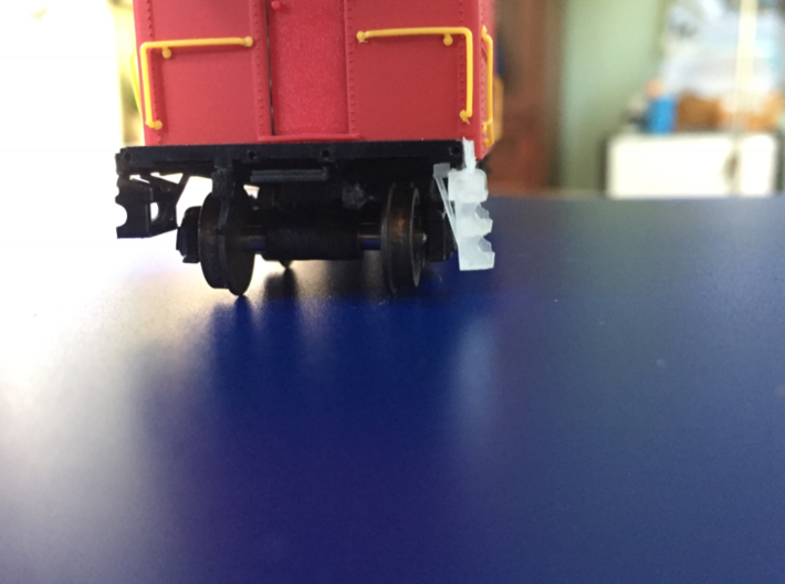 New & Improved HO LV caboose steps 3d printed