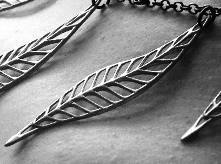 Seven Bronze Leaves 3d printed Desaturated in Photoshop, bronze normally has colour :) (check other pictures)