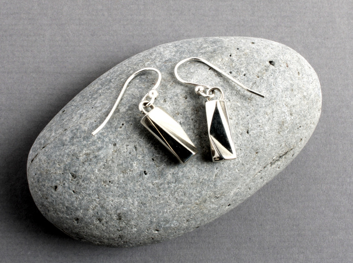 Scutoid Earrings - Mathematical Jewelry 3d printed Scutoid Earrings in polished silver