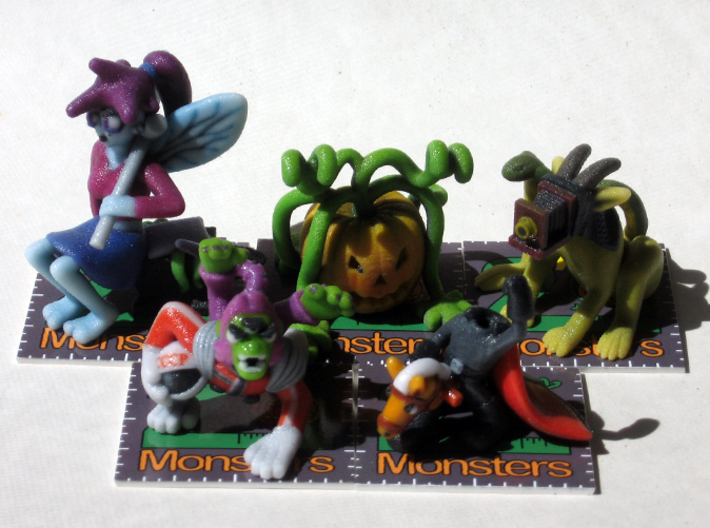 2 Inch Monsters: Batch 06 3d printed Monsters on their stands.