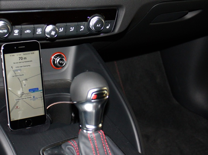 Audi A3/S3/RS4/A4/A5 iPhone car mount/holder 3d printed Audi A3, A4, RS3 iPhone 6,7,8,X,Plus Adapter Mount Cradle Dock Docking Holder Houder Stand for Audi A3, Navigation via siri ios