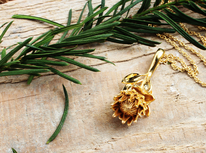 King Protea Pendant 3d printed King Protea Pendant in 14K goldplated brass