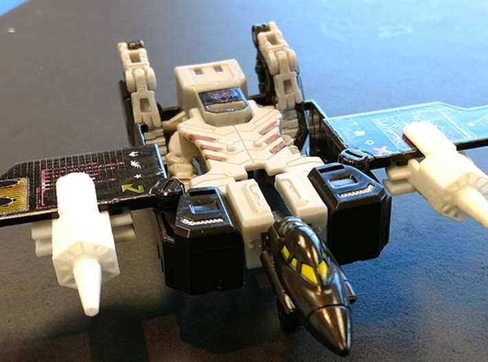 Transformers TR Ravage and Stripes Accessory 3d printed Jet engines