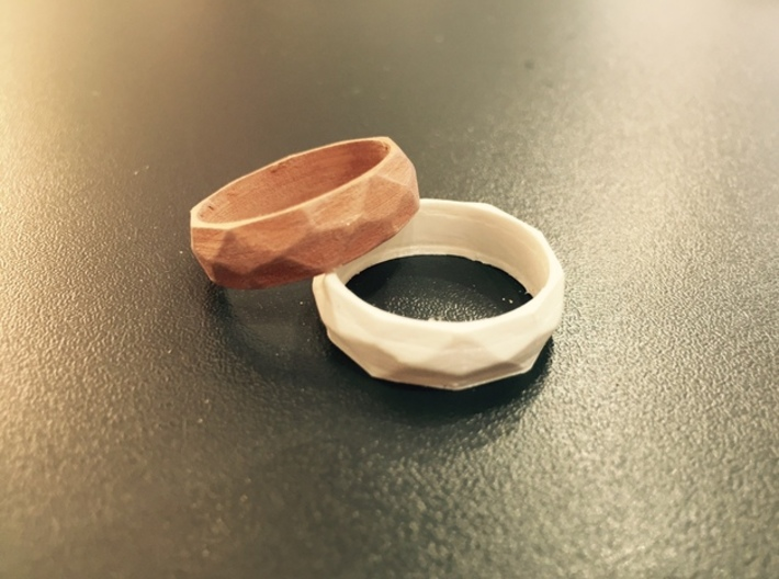 Ring with beautiful poly pattern for man and women 3d printed Beautiful ring with poly pattern for man and women