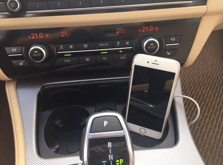 iPhone Car Mount for BMW X5 Series 3d printed iPhone car mount for BMW