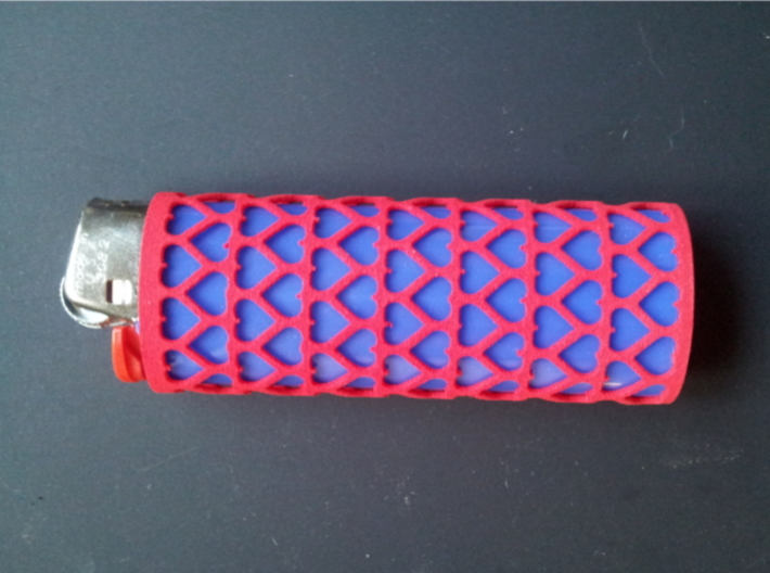 BIC Sleeve Hearts 3d printed Pink lighter sleeve with a blue BIC