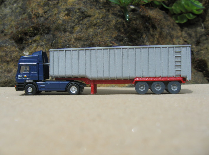 N scale 1/148 Fruehauf Bulk Grain Trailer 40' 3d printed Please note, I've not finished painting the trailer.