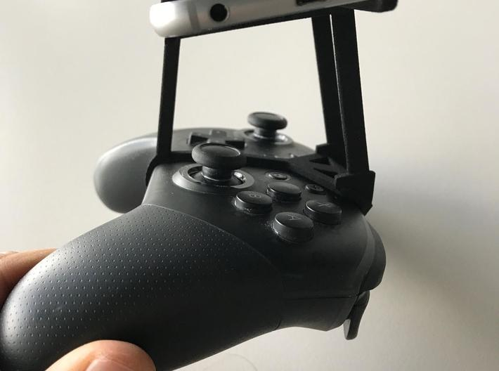 Nintendo Switch Pro controller & Meizu Note 9 - Ov 3d printed Nintendo Switch Pro controller - Over the top - Side View