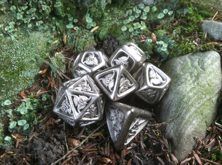 Tengwar Elvish D20 3d printed Complete Set Printed in Polished Nickel Steel