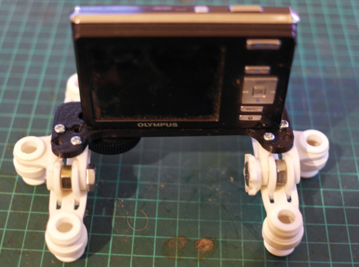 Hinged Camera Mount 3d printed