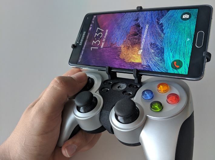 Logitech F710 & Huawei P Smart Z - Front Rider 3d printed Front rider - full view