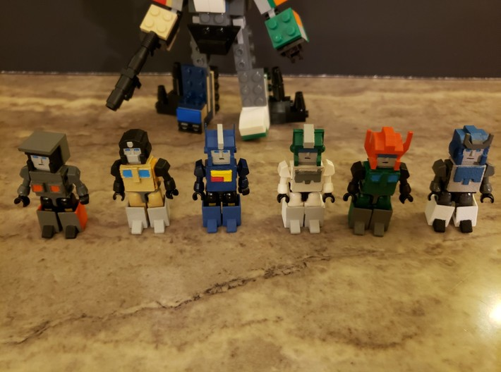 Armor for Trainbot Kreons (Set 1 of 2) 3d printed Finished head and armor