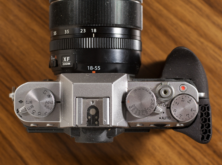 Ergonomic grip for X-T10 / X-T20 3d printed