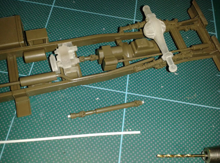 Tamiya 1:35 CCKW banjo corporation axles 3d printed Use plastic rod and drill to fit prop shafts
