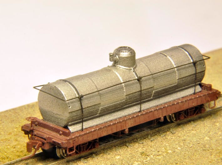 Nn3 Union Oil Tank Car X106 3d printed Trucks, couplers, brake wheel and brass wire not included.