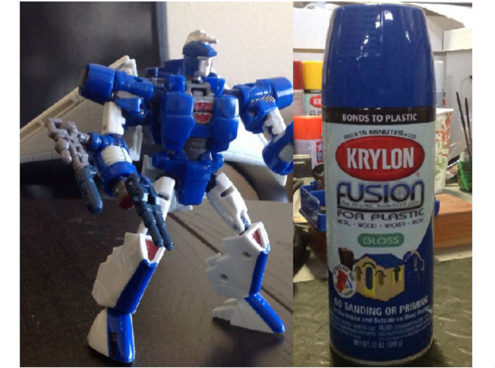 DEVCON Apex Head for GenScrg 3d printed Painted Apex Head printed in Clear Frosted Ultra Detail on Deluxe TF Gen. Scourge body using basic Krylon Gloss paint by Solumus