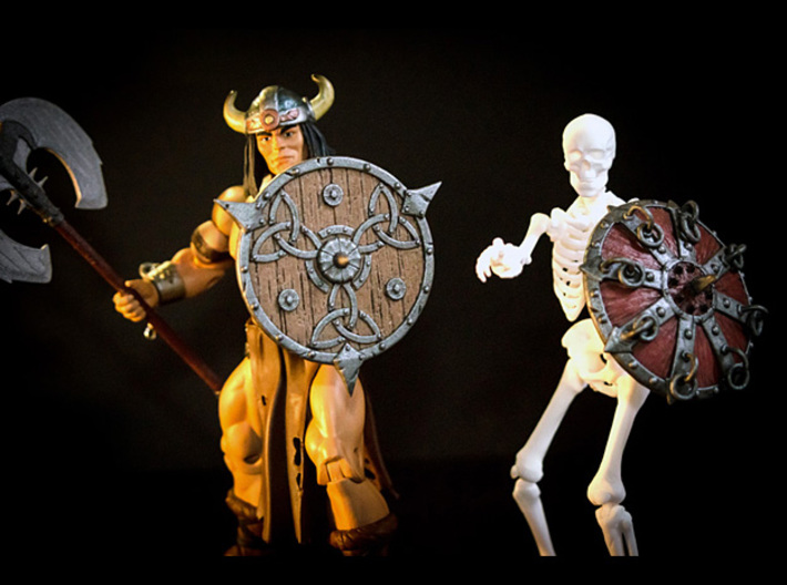 Shield-08-Targe-Celtic 6-7inch  MOTU  3d printed Painted with Acrilycs