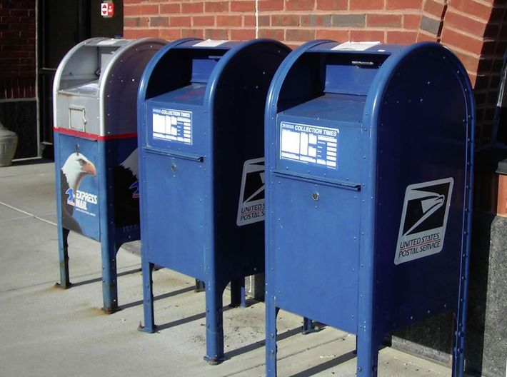 3 USA mailboxes (1:160) 3d printed