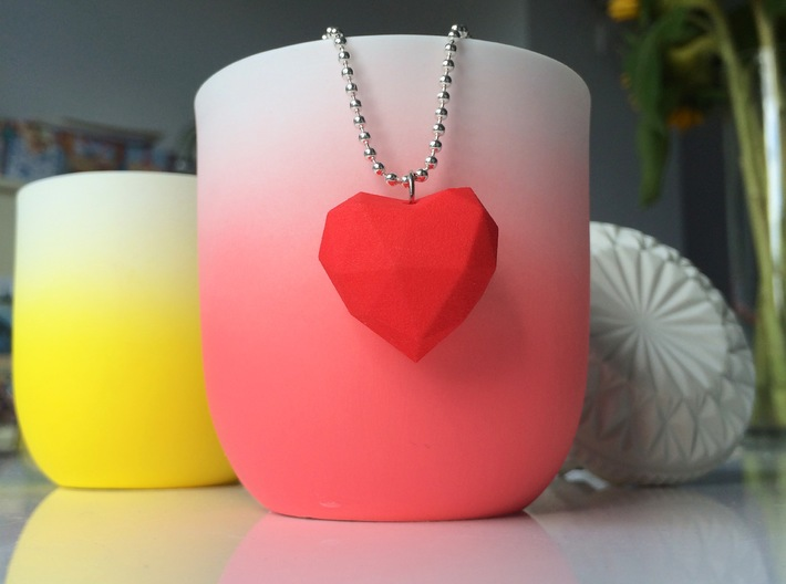 Heart Facet Pendant 3d printed Red version with ballchain necklace