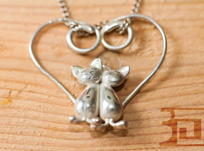 Kittens Heart 3d printed Silver polished