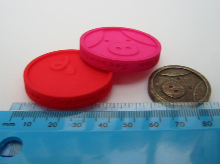 Pigcoin Plastic 3d printed with metric and Imperial (English) scales