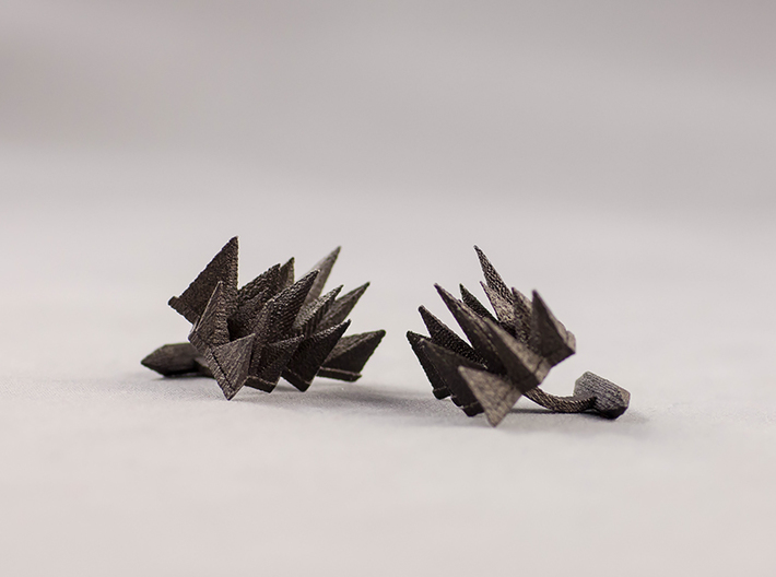 Spikey Cufflings 3d printed