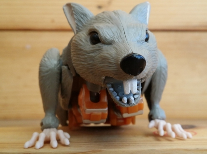 Rattrap's Really Ratlike Teeth 3d printed Front view. The original teeth have been filed off from the toy. (Original Toy Not Included)