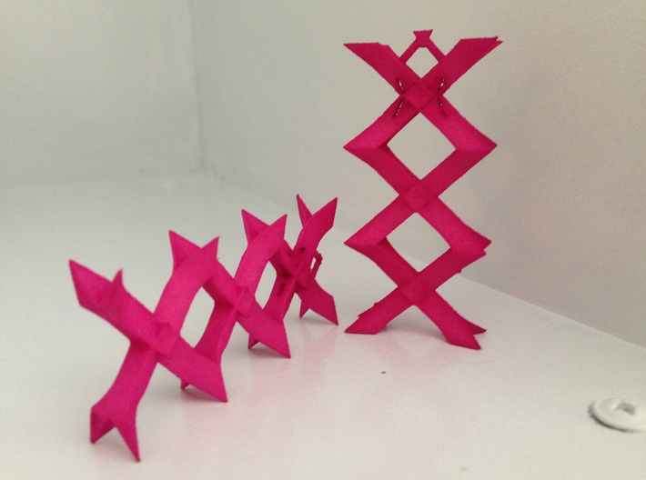 XXX kisses Pendant 3d printed
