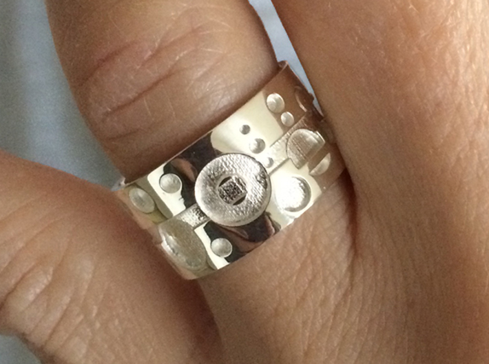 Gallifreyish Ring - Size 9 3d printed Polished Silver