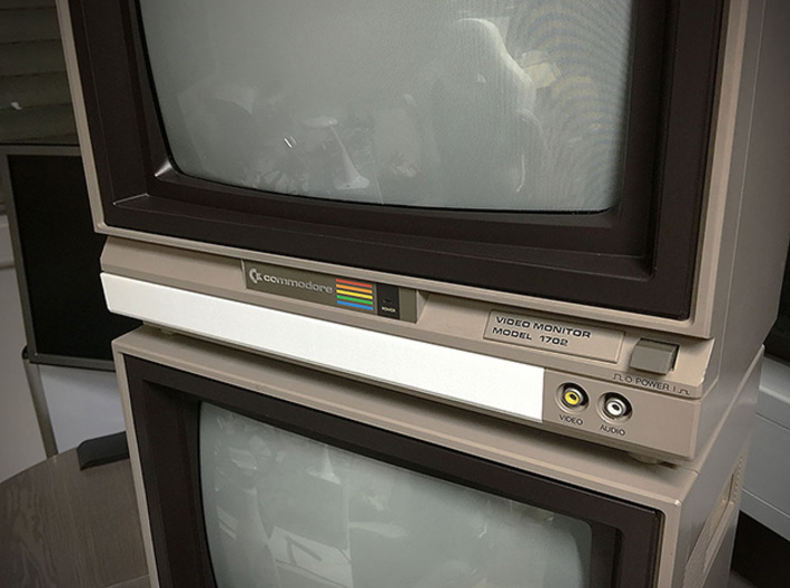 Front Cover compatible to Commodore Monitor 1702 3d printed