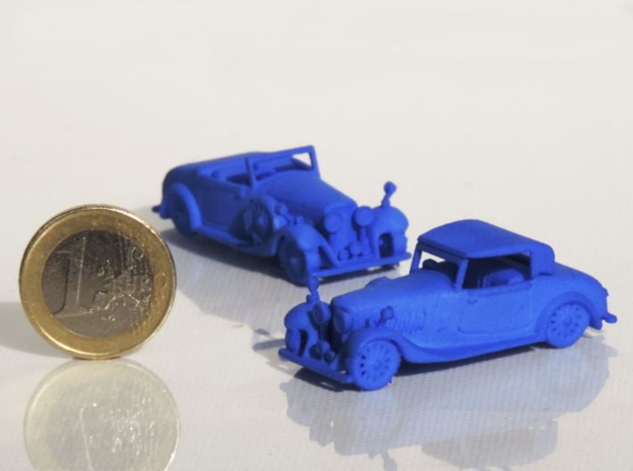 Bentley 1930 4,5L 1:87 3d printed Bentley 1930 4,5L next to a coin