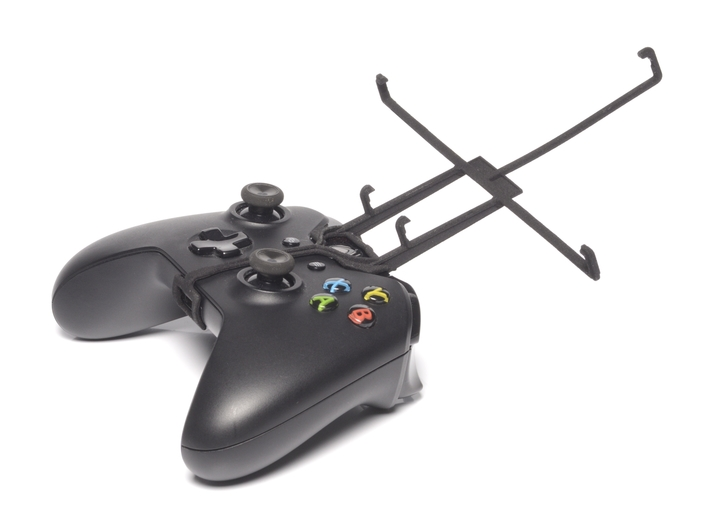 Xbox One controller & Linx 8 3d printed Without phone - A Nexus 7 and a black Xbox One controller