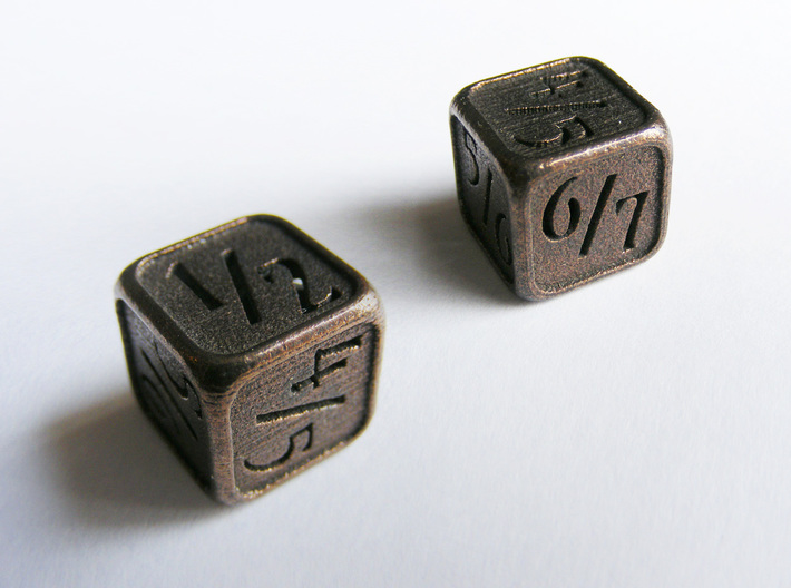 'Simple' D6 Tarmogoyf P/T Die 14 mm 3d printed Two views of the die in Polished Bronze Steel