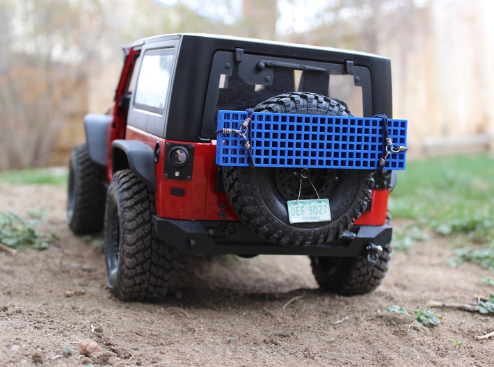 JK Rear Bumper - Gelände 2 3d printed Finished product with semi-gloss black paint and scale accessories.