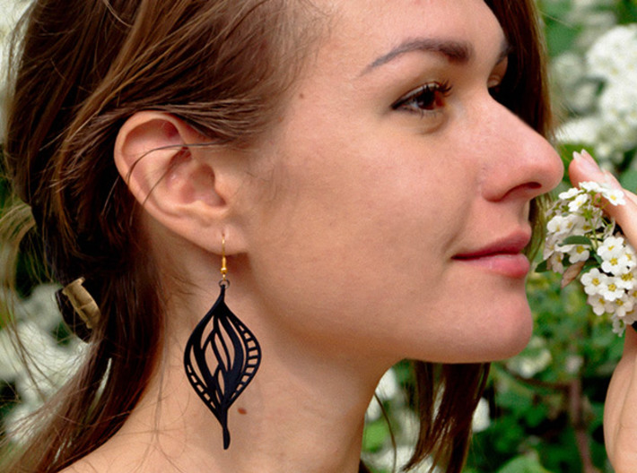 DNA Leaf Spiral Earring (left) 3d printed