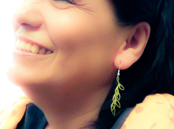 Leaf Drop Earring 3d printed Model colored by maker