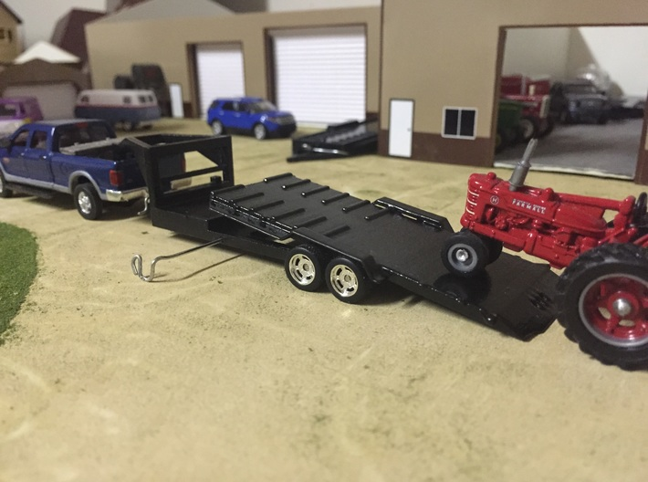 1/64 GOOSENECK EQUIPMENT TILT TRAILER 3d printed