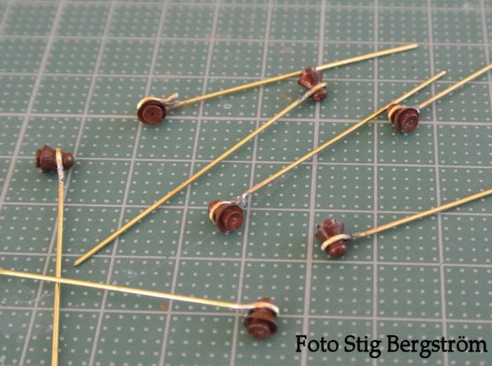 50 kontaktledningsisolatorer av SJ äldre model 3d printed Observera att bilden visar en prototyp som inte helt överensstämmer med nuvarande utförande